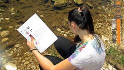 Mladi istraživači izučavaju rijeku