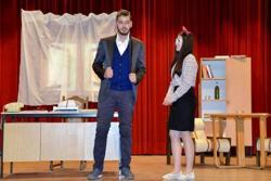 Predstava 'Profesionalac' premijerno u Bileći (FOTO)