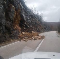 OPREZ: Odron na putu Trebinje - Bileća