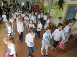 U nevesinjskom vrtiću obilježen 8. mart (FOTO)