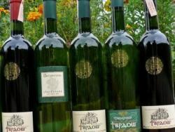 Vinariji Tvrdoš zlato i srebro na Međunarodnom festivalu vina