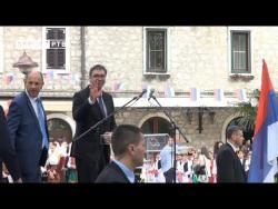 Hiljade Trebinjaca dočekalo Vučića i Dodika (VIDEO)