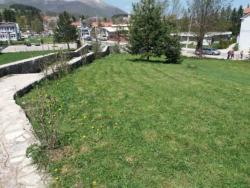 HET uređuje zelene površine u Partizanskom groblju u Nevesinju