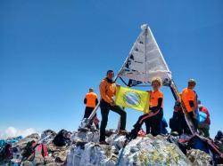 Trebinjski planinari na vrhu Afrike! (FOTO)