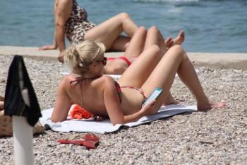 Počelo kupanje u Dubrovniku, evo kolika je temperatura mora