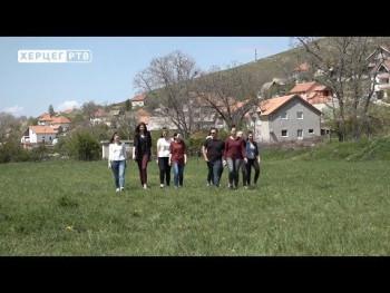 Млади глумци аматерског позоришта из Гацка освајају награде (ВИДЕО)