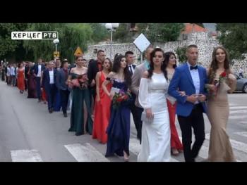 Svečani defile maturanata Centra srednjih škola Trebinje (VIDEO)