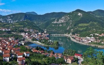 Opština Višegrad sufinansira projekat obnove fasada na 12 stambenih zgrada