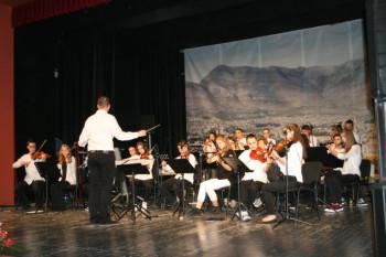KAD MUZIKA GRADI MOSTOVE: Orkestri iz Trebinja i Stoca nastupili zajedno