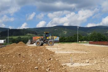 Невесиње: Почела изградња дјечијих игралишта на Гвозду и у Батковићима