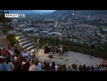 У амфитеатру Херцеговачке Грачанице наступио 'Еудиатес трио' (ВИДЕО)