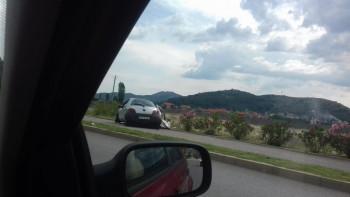 Saobraćajka na obilaznici - Jedno lice povrijeđeno (FOTO)