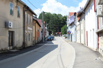NEVESINJE: U nedjelju zabranjeno parkiranje u Ulici Cara Dušana