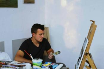Slikar Jovan Aleksić  sigurno korača ka svojim snovima