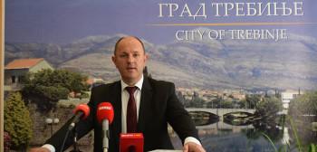 Petrović: Nema velikih i malih investitora, svako radno mjesto je važno