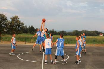 Невесиње: У Батковићима отворен спортски терен за дјецу и омладину