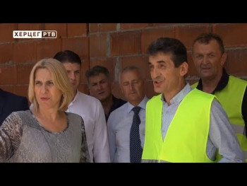 Cvijanović: Zatvoreni bazen daje novu razvojnu dimenziju Trebinju (VIDEO)