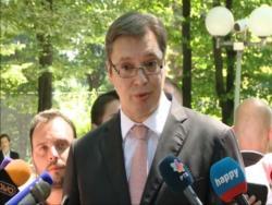 Вучић: Идем у Сребреницу