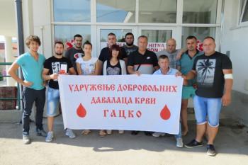 Гачани даровали крв у Невесињу