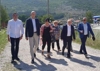 Ljubinje: Vlada za izgradnju saobraćajnice obezbijedila 200.000 KM