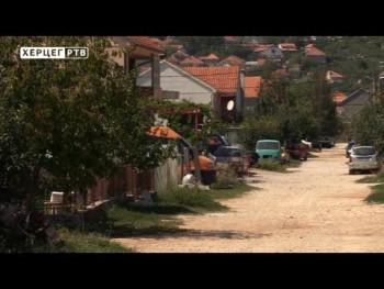 Ljubinjsko naselje Vinogradi konačno dobija asfalt (VIDEO)