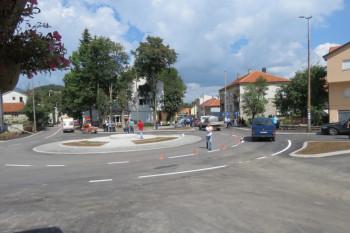U Nevesinju otvorena kružna raskrsnica na Trgu Alekse Šantića