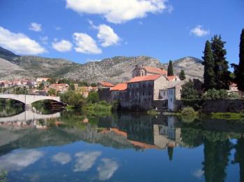 Rekordna turistička sezona u Trebinju - samo u avgustu više od 14.500 noćenja