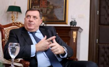Dodik za britanski 'Telegraf': Srpska bi iskoristila miran način izlaska iz BiH