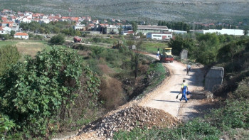 Trebinje:  Željeznički most konačno dočekao rekonstrukciju