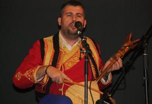 Podignimo Prebilovce – 8. mart: Aleksandar Taušan domaćin guslarske večeri u Mramorku