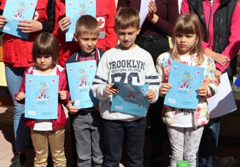 Nedjelja djeteta obilježena i u udruženju 'Rastimo zajedno' u Gacku (FOTO)