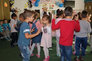 Dječiji vrtić u Gacku: Igrom i pjesmom završeno obilježavanje Nedjelje djeteta (FOTO)
