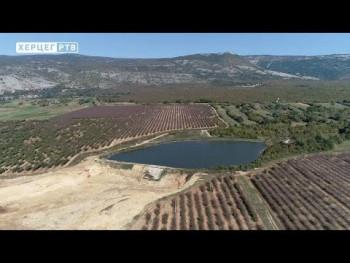 Ljubinje: Navodnjavanjem Gornjeg polja poljoprivrednicima šansa za bolje prihode (VIDEO)