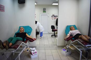 Радници Градске управе Требиње  даровали 45 доза крви