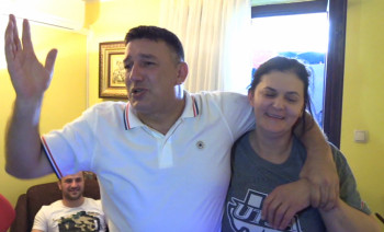 Pogledajte atmosferu u kući Tijane Bošković u Bileći (VIDEO)