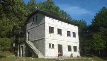 Počela obnova planinarskog doma na Ublima (FOTO)