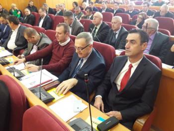 Vučić počasni građanin Trebinja, odbornici SDS-a napustili sjednicu