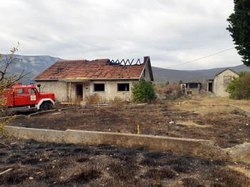 Mostar: Izgorjela srpska kuća u Salakovcu