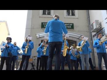 Orkestar iz Stoca ponovo pod trebinjskim platanima (VIDEO)