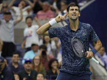 Đoković preko Federera do finala Pariza