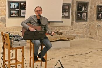 Povratak emociji: Brano Likić svirao trebinjskoj publici