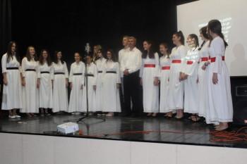 Humanitarni koncert nevesinjskih umjetnika za malog Aleksandra Gajića