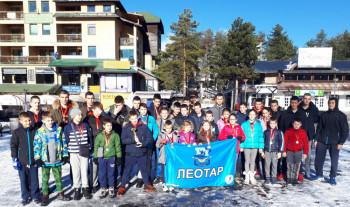 Plivači PVK  'Leotar' nadmašili sva očekivanja – osvojili pehar i četrdeset osam medalja