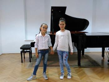 Sofija i Ana iz Trebinja pjesmom daju doprinos humanitarnoj akciji