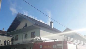 Gacko: Vatrogasci gasili požar na kući u naselju Zečice
