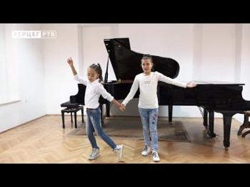 Trebinjke Sofija Brborić i Anja Đurić učesnice humanitarne akcije 'S ljubavlju hrabrim srcima' (VIDEO)