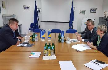 Smijenjen 21 ambasador, među njima i Slavko Vučurević