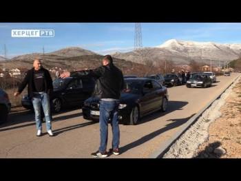 Mještani Petrovog polja negodoju zbog loše putne infrastrukture (VIDEO)
