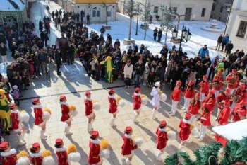 Mažoretkinje u Višegrad donijele duh Mediterana
