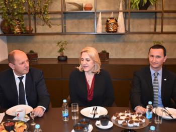 Predsjednica Srpske sa predstavnicima koalicionih stranaka (FOTO)